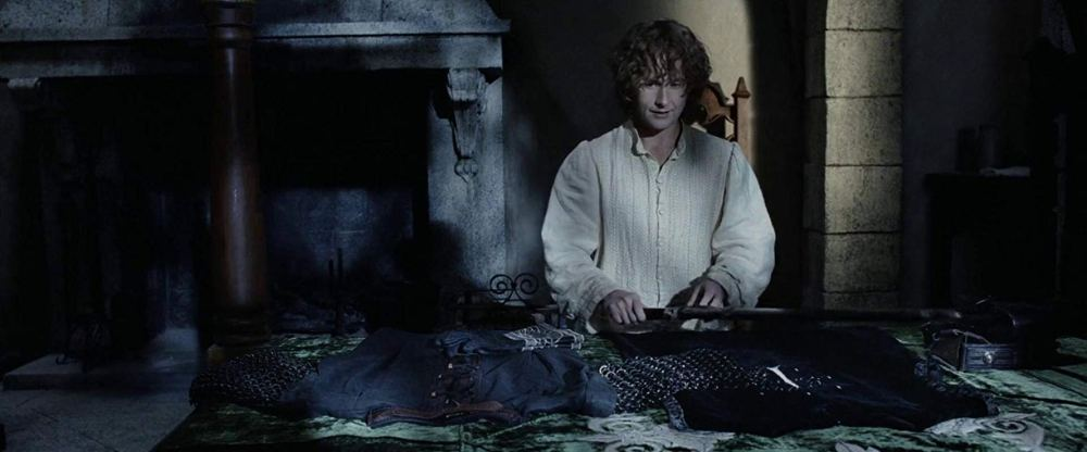 Pippin gets his uniform - The Lord of the Rings: Return of the King