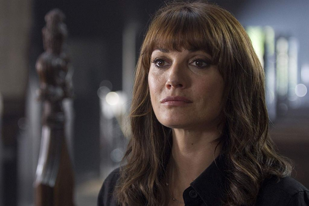 Sarah Parish stars in the series 'Mistresses'