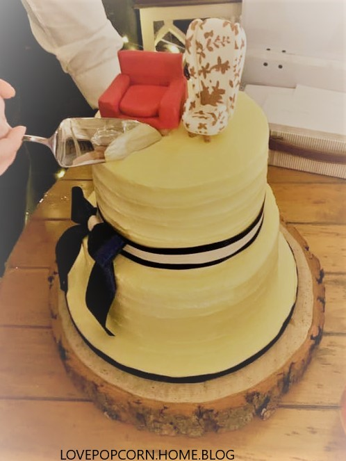 Up Chair Cake Topper