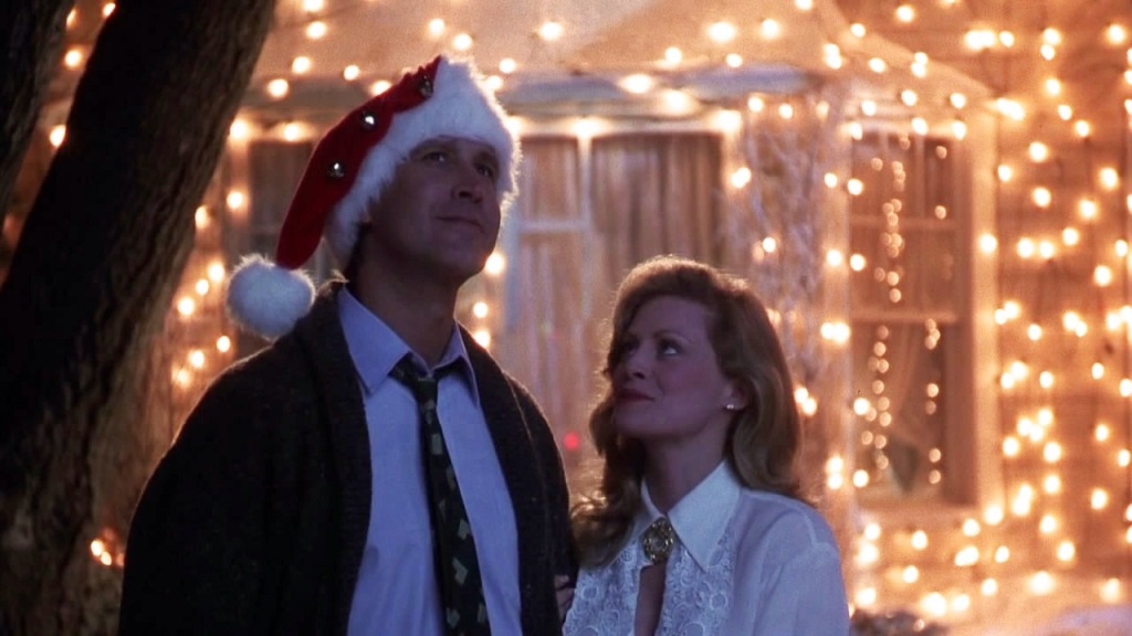 Chevy Chase and Beverly D'Angelo in 'National Lampoon's Christmas Vacation' (1989)